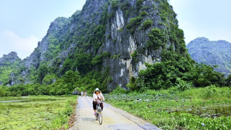 Cycling tour - Ninh Binh excursion