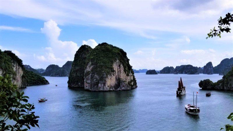 Ha Long Bay - a must-see destination in Vietnam