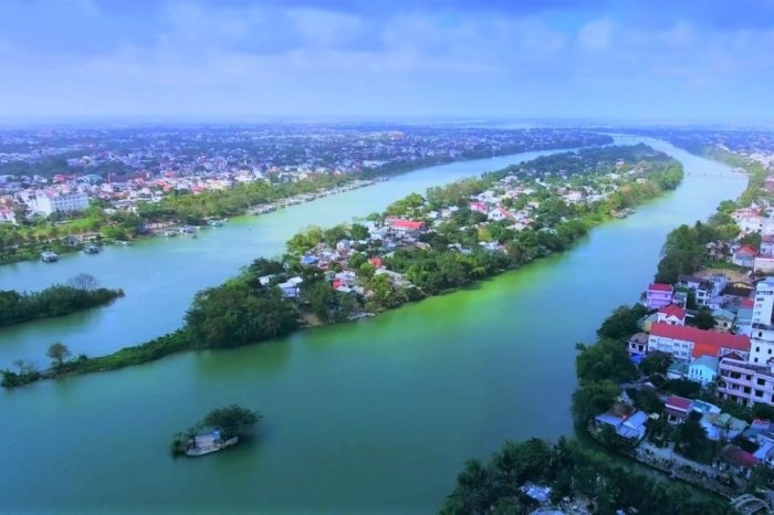 Hue Tour – Day Trip To Explore Hue Top Attractions