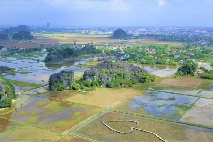 Ninh Binh Tour – A 2-Day Trip With The Top Attractions