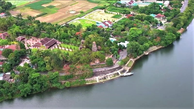 Thien Mu Pagoda - Hue's most popular religious site